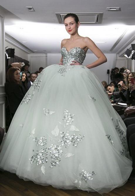 les plus belles robe de mari e. Black Bedroom Furniture Sets. Home Design Ideas