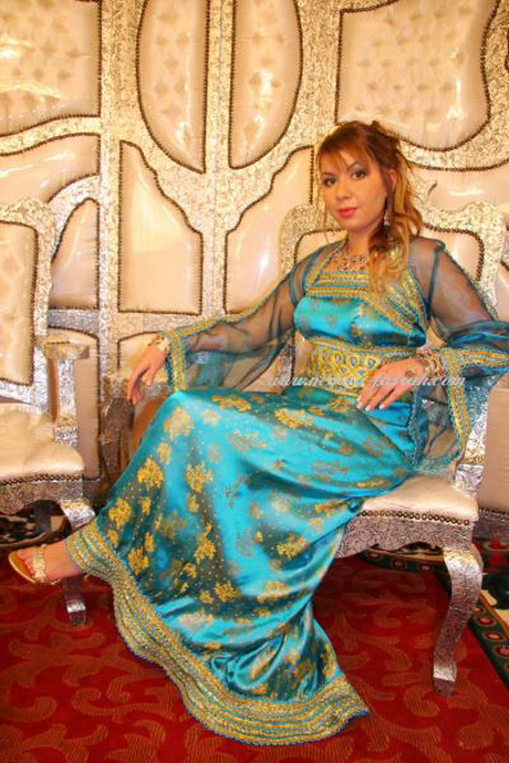 Robe kabyle moderne forum mode traditionnelle 2 holidays oo for Cuisine traditionnelle