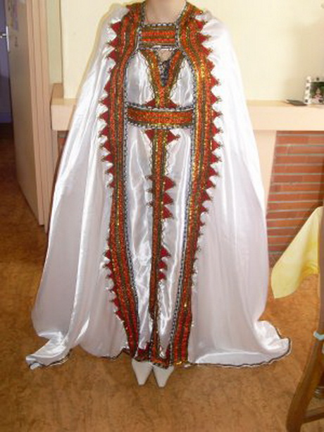 image robe kabyle sur mesure delivree et le monde
