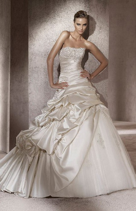 plus belle robe de mari e du monde. Black Bedroom Furniture Sets. Home Design Ideas
