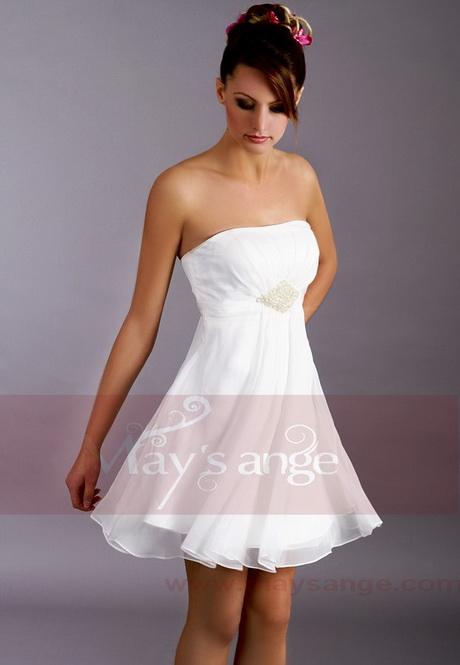 robe blanche femme. Black Bedroom Furniture Sets. Home Design Ideas