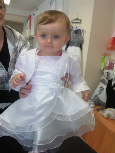 robe blanche pour bebe. Black Bedroom Furniture Sets. Home Design Ideas