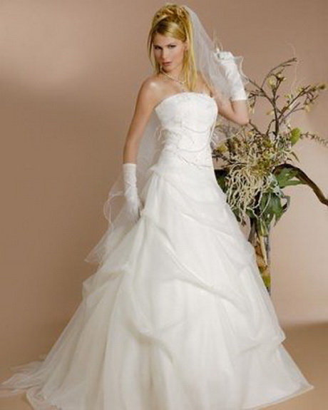 Robe blanche pour mariage for Robes de chambre pour mariage