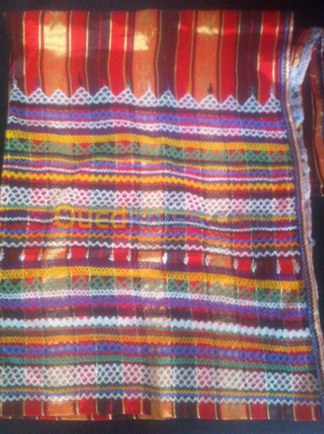 Robe broderie kabyle for Decoration kabyle