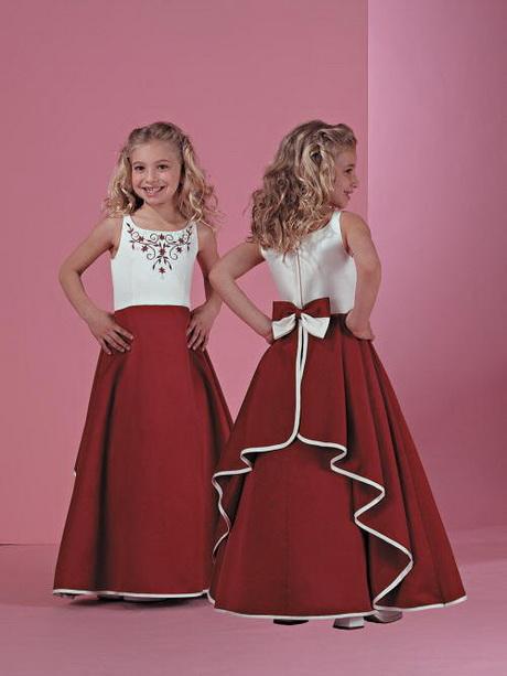 Robe de demoiselle d honneur pour un mariage for Robes d enfants pour un mariage