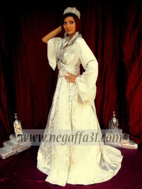 robe de mariage marocaine. Black Bedroom Furniture Sets. Home Design Ideas