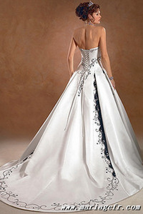 Robe de mariage noir et blanc for Chercher une robe pour un mariage
