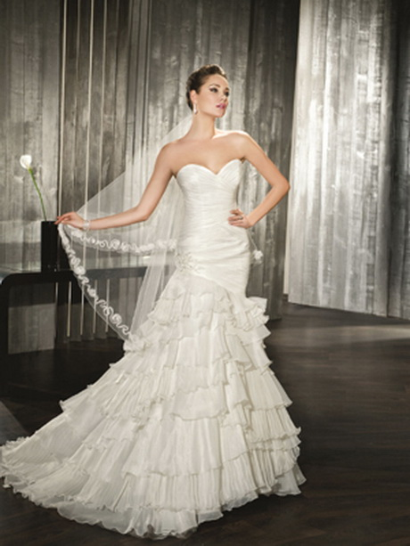 robe de mari e avec voile On robe de mariée avec foulard