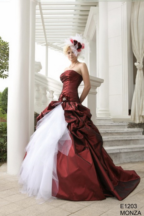 robe de mariee blanche et rouge. Black Bedroom Furniture Sets. Home Design Ideas