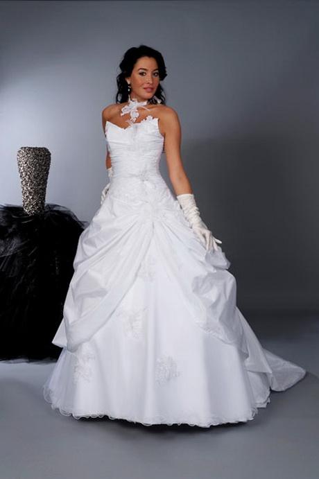robe de mariee blanche. Black Bedroom Furniture Sets. Home Design Ideas
