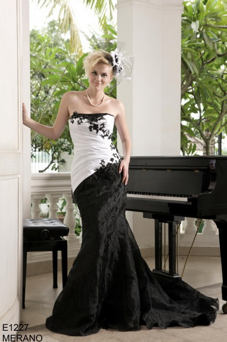 robe robe de mariee gothique rouge eco 1867912 543359 4888031205 n ...