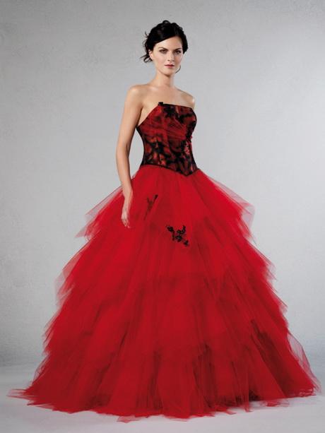 ... en damassé rouge et noir tulle fin rouge garni de motifs strassés