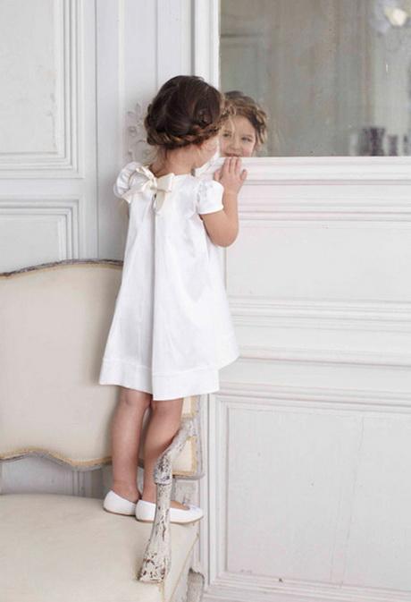 robes feminines robe dentelle fille. Black Bedroom Furniture Sets. Home Design Ideas
