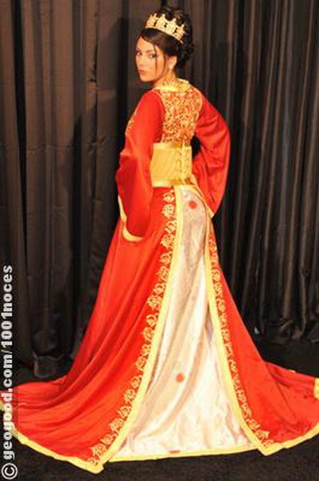 robe mariage marocaine. Black Bedroom Furniture Sets. Home Design Ideas
