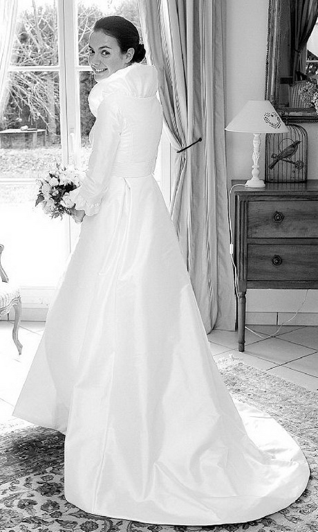 robe pour mariage hiver. Black Bedroom Furniture Sets. Home Design Ideas