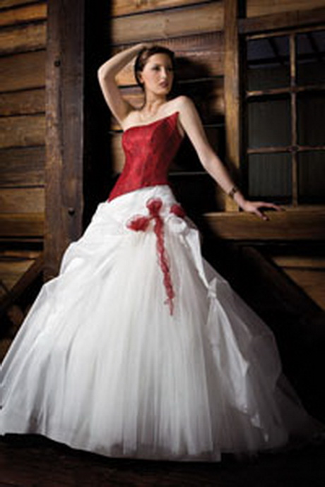 Robe pour mariage rouge for Robes pour occasions mariages