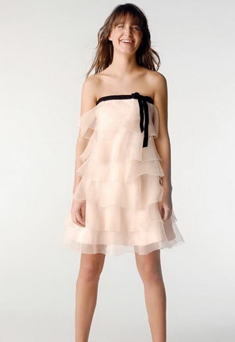 robe pour un mariage. Black Bedroom Furniture Sets. Home Design Ideas