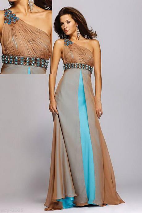 Robes de soir e pour un mariage for Robe formelle pour les mariages