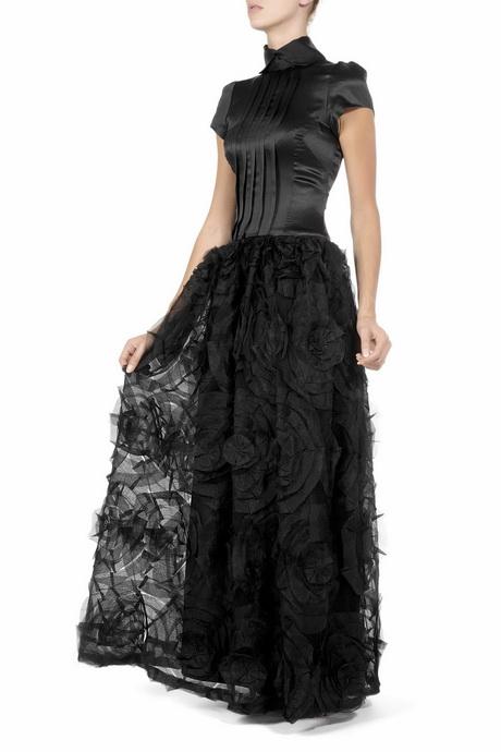 robes noires longues. Black Bedroom Furniture Sets. Home Design Ideas