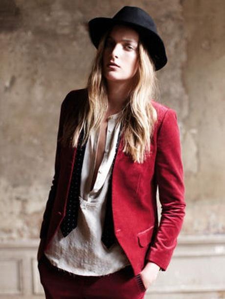CAROLL Veste tailleur Rouge. $100 placedestendances.com. Veste