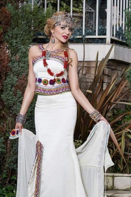 Robe kabyle gargari moderne 2017 for Maison kabyle moderne