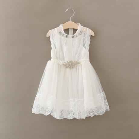 robe en dentelle enfant