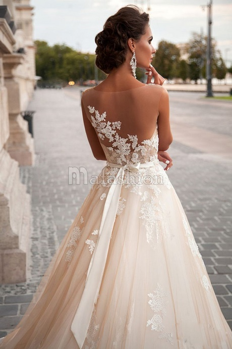 Les nouveaux robes de mariage for Devinez des robes pour le mariage