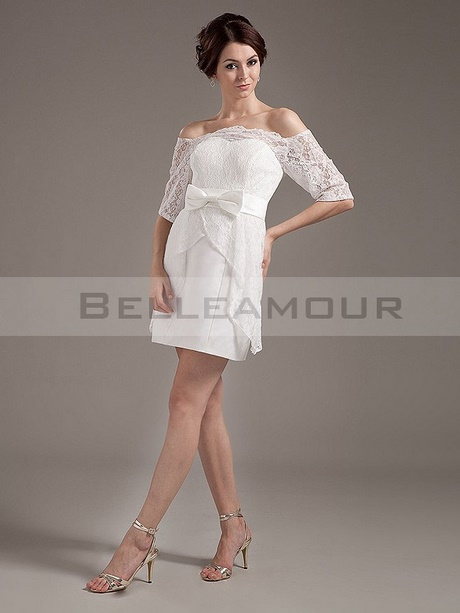Robe blanche dentelle mariage civil for Sangles de dentelle de robe de mariage