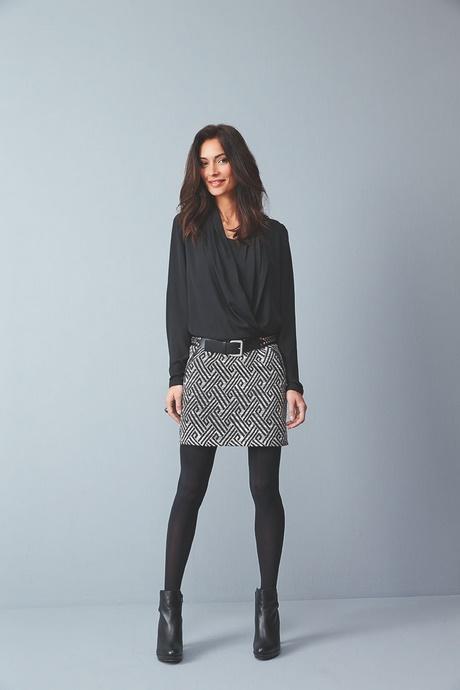 Robe droite moderne - Quel haut porter avec une jupe longue ...