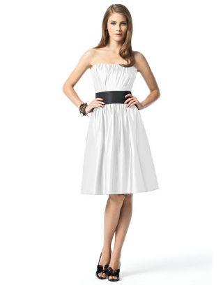 robe noire blanche chic. Black Bedroom Furniture Sets. Home Design Ideas