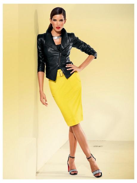 robe crayon jaune. Black Bedroom Furniture Sets. Home Design Ideas