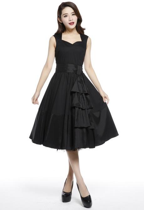 robe vintage noire. Black Bedroom Furniture Sets. Home Design Ideas