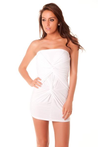 robe blanche classe. Black Bedroom Furniture Sets. Home Design Ideas