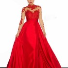 Robe rouge fete