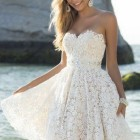 Robe blanche courte simple