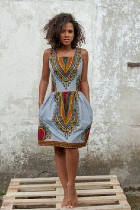 Model couture africaine