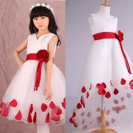 Robe blanche rouge