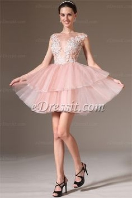 Robe cocktail courte rose pale