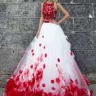 Robe rouge blanche