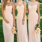 Robe témoin mariage rose