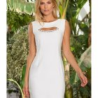 Robe blanche chic simple
